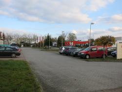 L.-Erhard-Straße / OBI Kreisverkehr