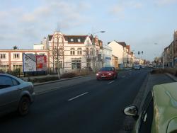 Bahnhofstraße / Reyerbachstr. re. und li.
