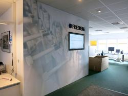 Formteil-und Schraubenwerk Finsterwalde GmbH-Alu-Wand für Großraumbüro