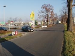 Marktkauf Einfahrt, rechts