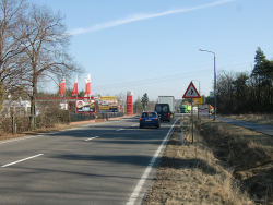 Senftenberger Str. 38 / B169 nach Senftenberg