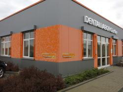 Dentallabor Matthias Gürtler-3D Buchstaben und Fassadenaufkleber