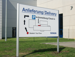 """Vestas Lauchhammer-Aufsteller """"Anlieferung"""""""