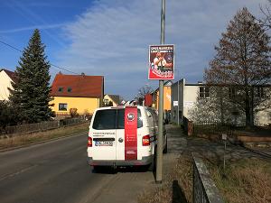 für Vereine kostenlose Werbung an Lichtmast-Plakatwechselrahmen